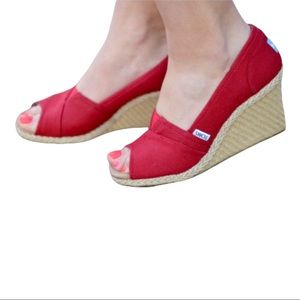 ❤️TOMS CORBEL RED WEDGE ~ 7.5